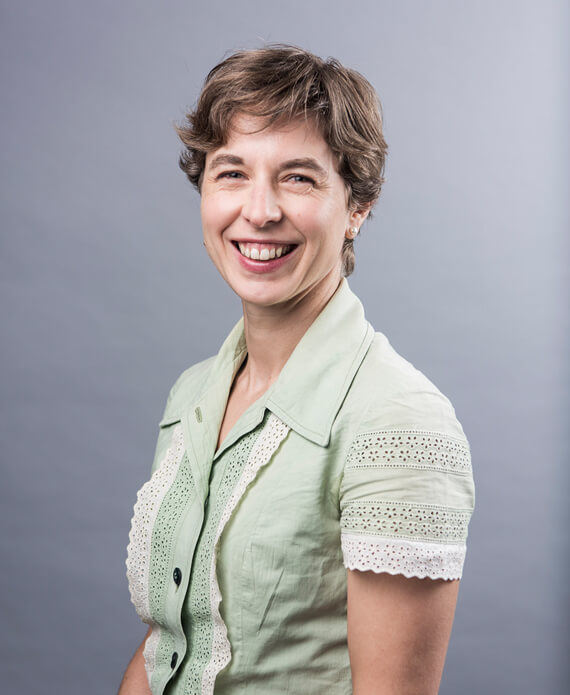 Dr Perri Dyson 1